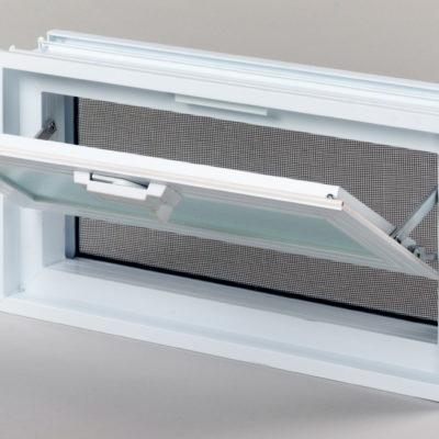 Okienko wentylacyjne 2x1 do luksferów do pustaków szklanych otwarte